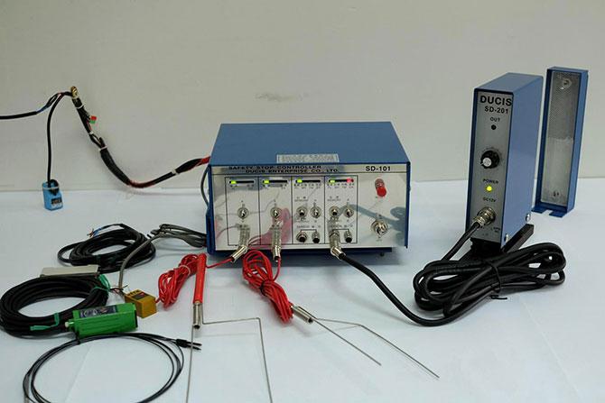 模具误送检知器,模具通过检出装置,模具保护装置