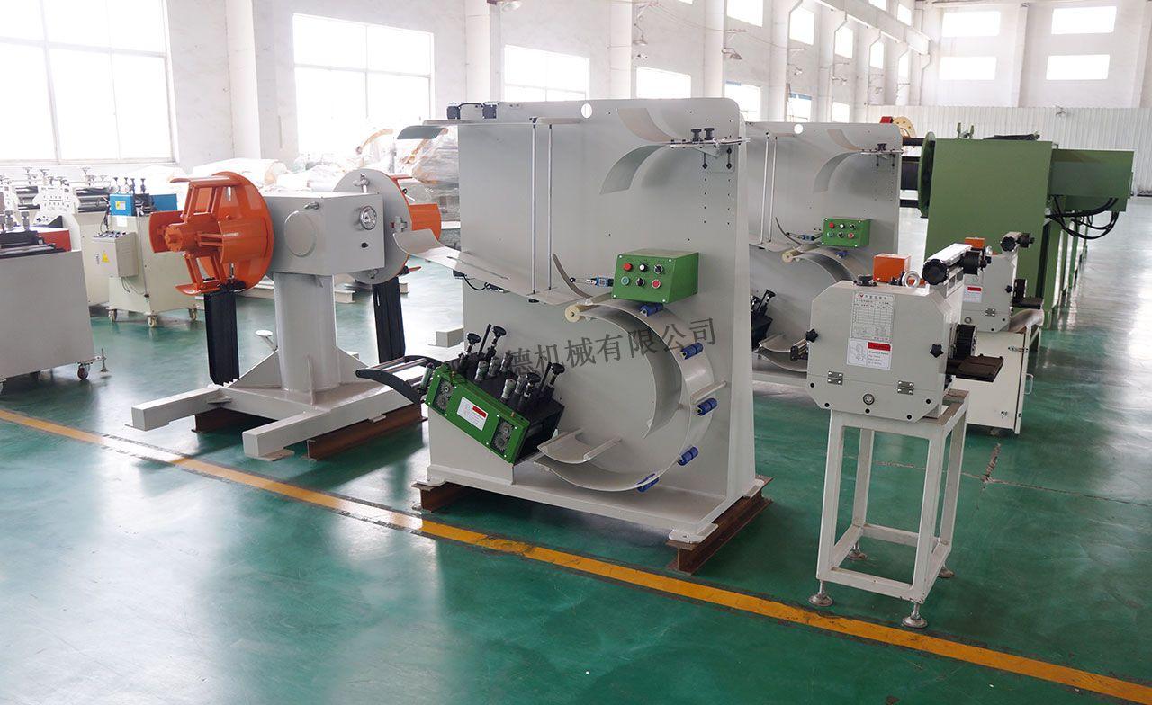 高速齿轮送料机生产